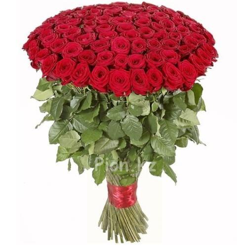 Охапка красных роз 110см